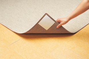 床材はフローリング、クッションフロア、塩ビタイルなどに使用可能。非常に高いグリップ性を持っています。